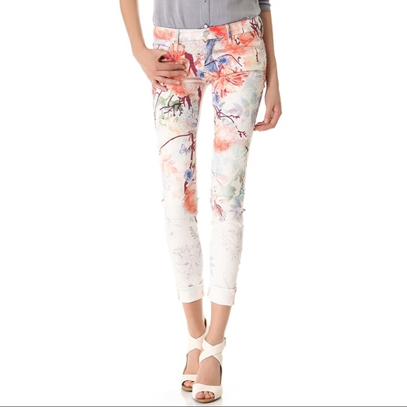 MOTHER • Pocket Full Of Posies Looker Floral Jeans
